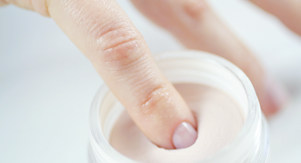 How to use AVVA Dip Powder Kit for a Nude Manicure 06