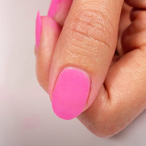 5 major nail mistakes you're doing when you use Dip Powder 01