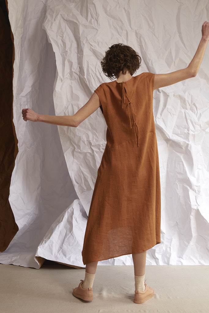 Suelto Dress Linen – Néctar