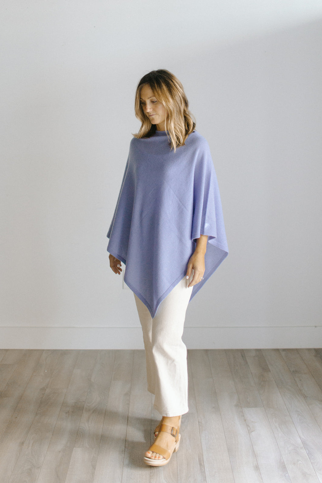 the poncho [sandy blue] *seasonal*