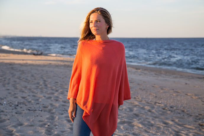 the poncho [coral] *seasonal*
