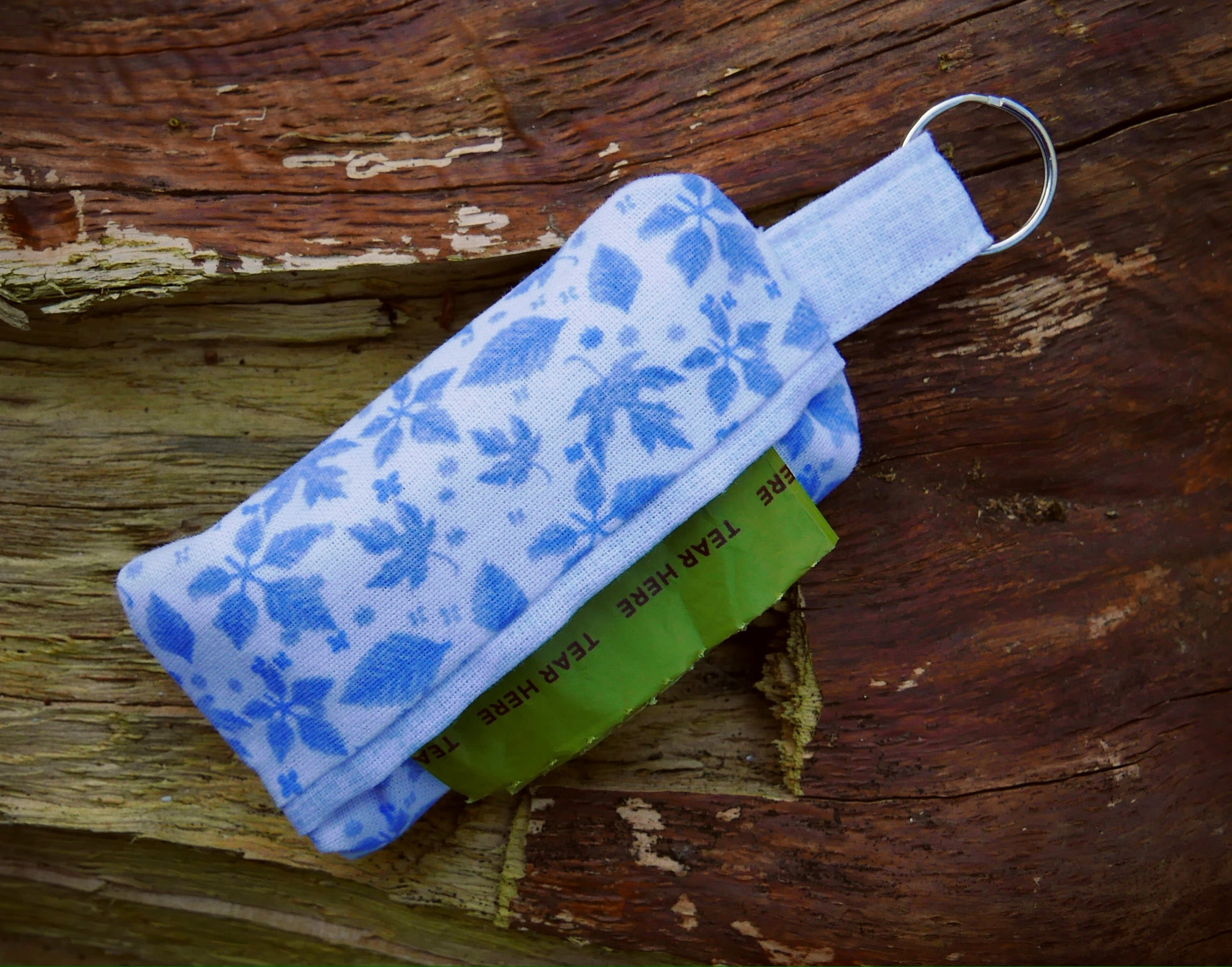 Poop Bag Holder: Blue Leaves