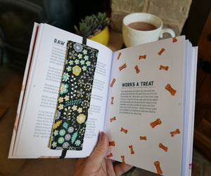 Bookmark: Black & Yellow Floral
