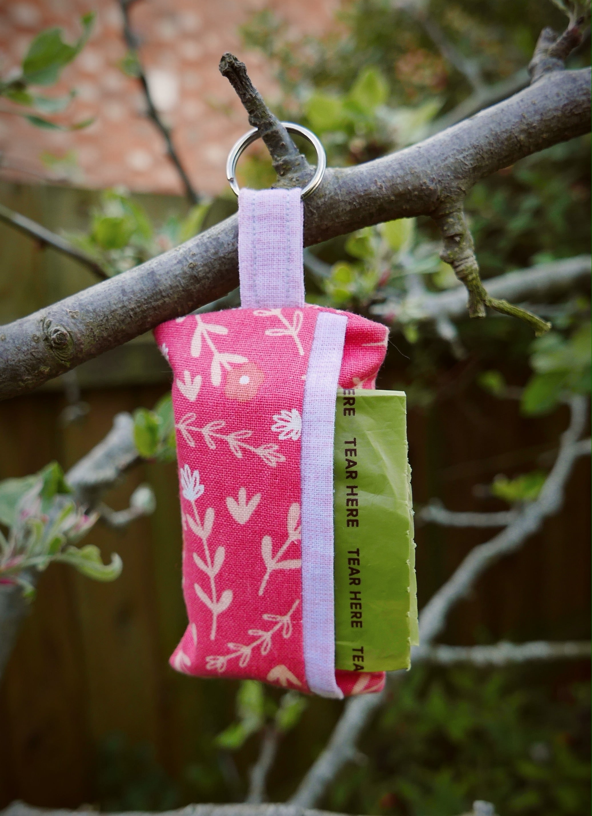 Poop Bag Holder: Blooming 'eck