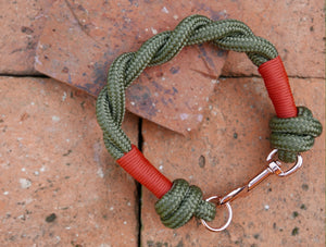 NEW - Customisable Khaki Clip & Knot Twist Collar