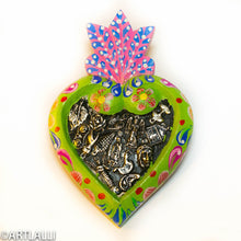 Load image into Gallery viewer, Miracles TocuraoDecorated Heart