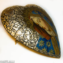 Load image into Gallery viewer, Miracles Heart With Dolores Virgen