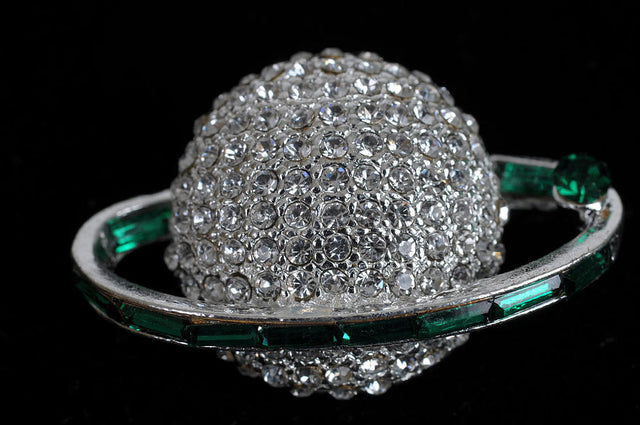 Links, Inc. Large Silver Globe with Green Baguette Stones Lapel Pin