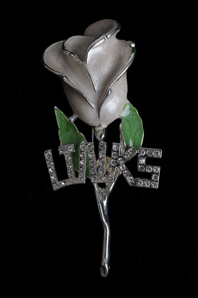 Links, Inc. White Rose with Green Leaves Lapel Pin