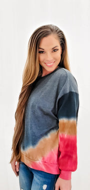 TIE DYE HI LO CONTRAST SLEEVE SWEATER TOP