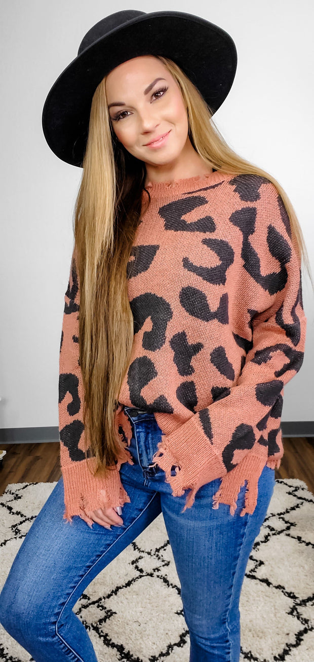 LEOPARD DISTRESSED SWEATER KNIT TOP