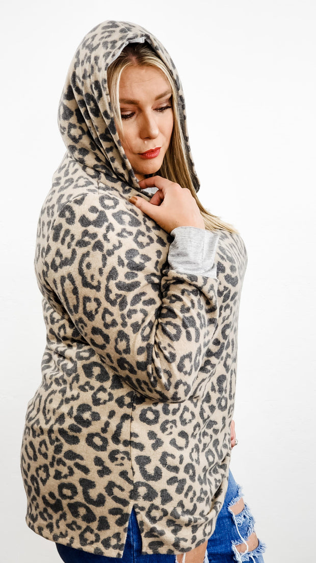 Plus Size Long Sleeve Leopard Hoodie Top