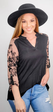 3/4 Sleeve V-Neck Top (S-3XL)