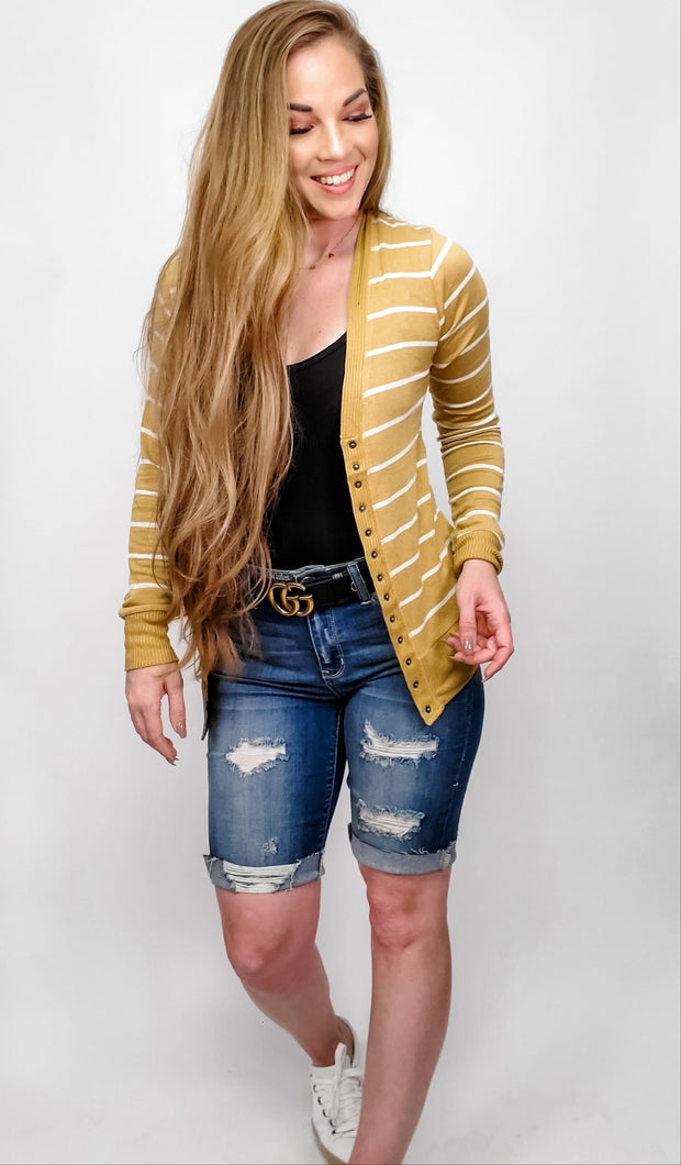 Doorbuster Striped Snap Button Cardigan (S-3XL)
