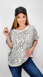 Short Sleeve Leopard Crew Neck Top