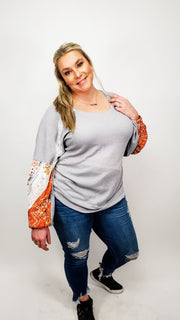 Waffle-Knit Scoop-Neck Top Featuring Multi-Print Detail at Elasticized Sleeve (XL-2XL)
