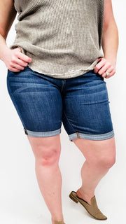 Judy Blue - Cuffed NON Distressed Bermuda Shorts (S-3XL)