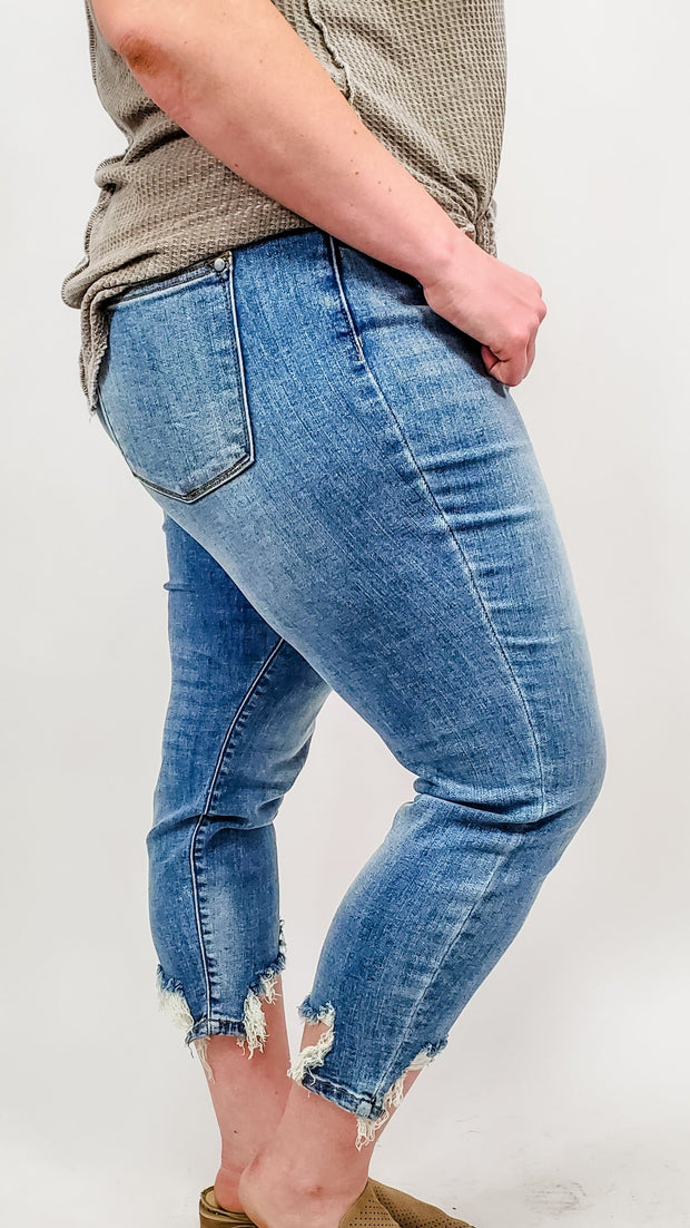 Judy Blue - Phenom Tapered Slim Jeans (0-24w)