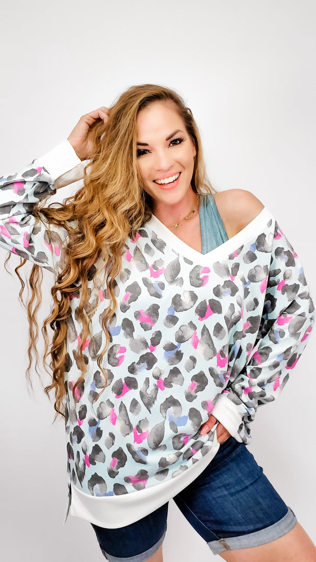 Long Sleeve V-Neck Leopard Top (S-3XL)