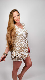 Leopard Print 3/4 Sleeve Top - (S-3XL)
