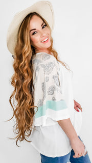 Thermal Half Sleeve Top with Contrasted Paisley Print Sleeves