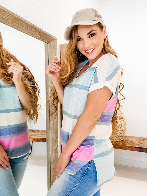 Color Block High-Low Hem V-Neck Short Sleeve Top (S-3XL)