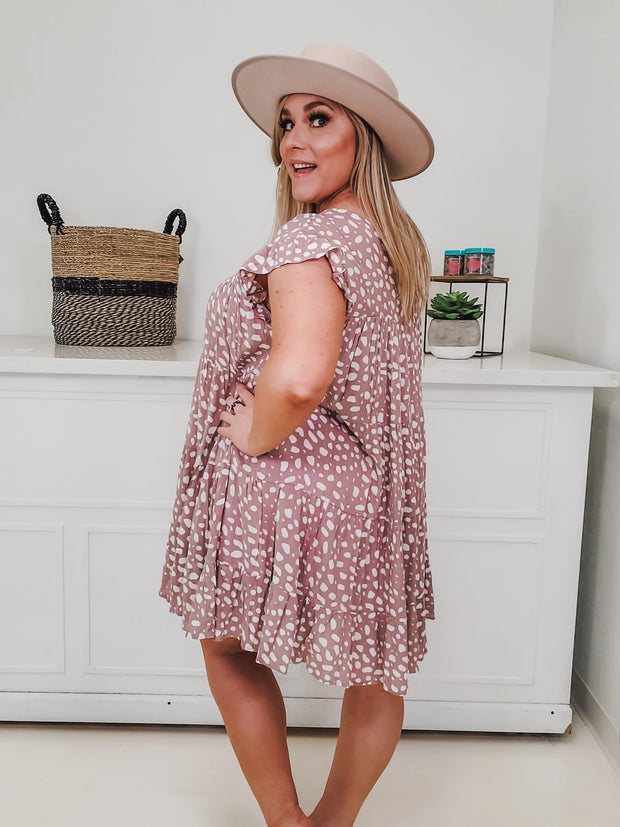 Dotted Print Tiered Scoop-Neck Dress Featuring Ruffle Sleeve Detail (S-2XL)