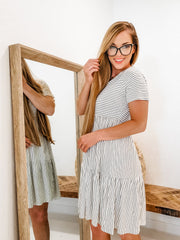 Round Neck Short Sleeves Tiered Stripe Dress