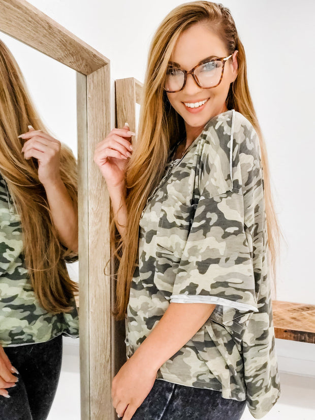 POL - Short Sleeve Camo Top with Distressed Pocket (S-3XL)