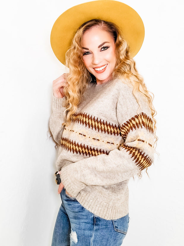 Round Neck with Ethnic Pattern Detail Sweater