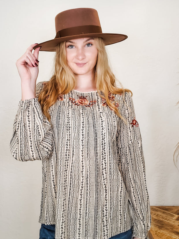 Round Neck Printed Top Featuring Long Peasant Sleeves (S-3XL)