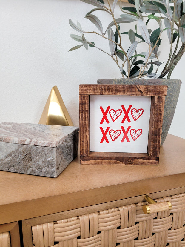 XOXO Home Sign