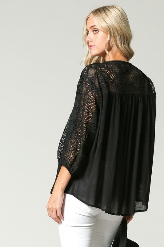 Loose Fit Lace Yolk 3/4 Sleeves Top