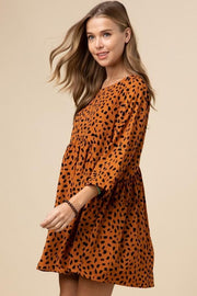 Geometric Print Scoop-Neck Dress Featuring Gathered Detail at Waist
