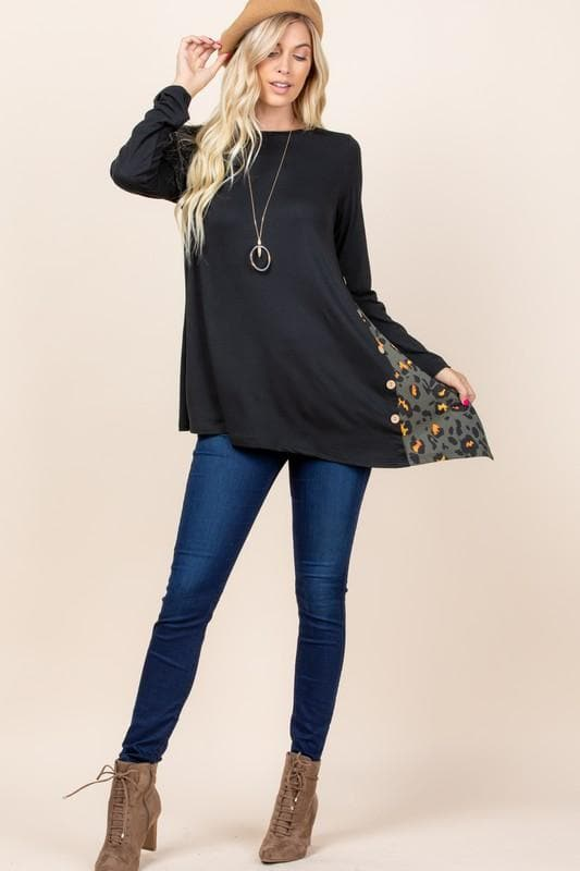 Long Sleeve Solid Casual Side Button Tunic Top with Animal Print Contrast and Asymmetrical Hem