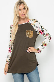 Floral Sleeve Raglan Top with Sequins Pocket