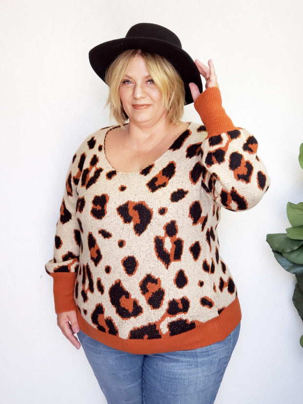 Plus Size Leopard Detailed Sweater