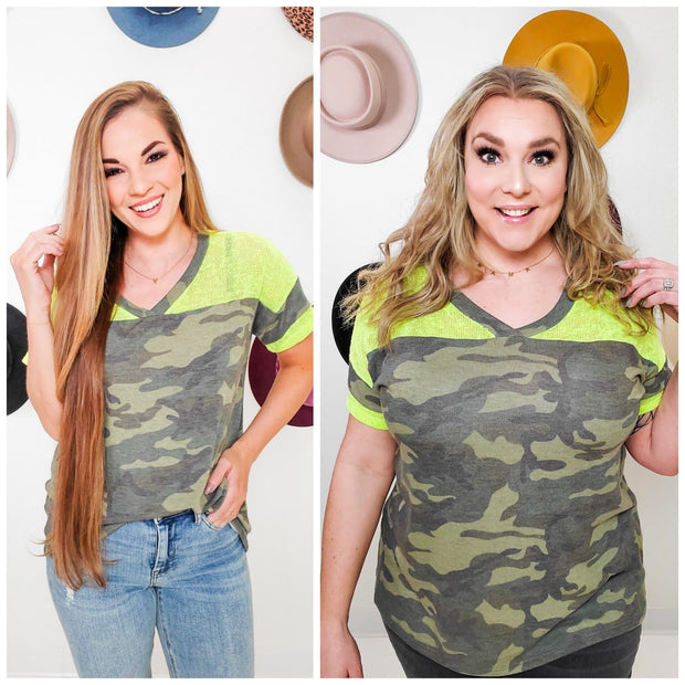 Short Mesh Sleeve Camouflage Knit Top (S-3XL)