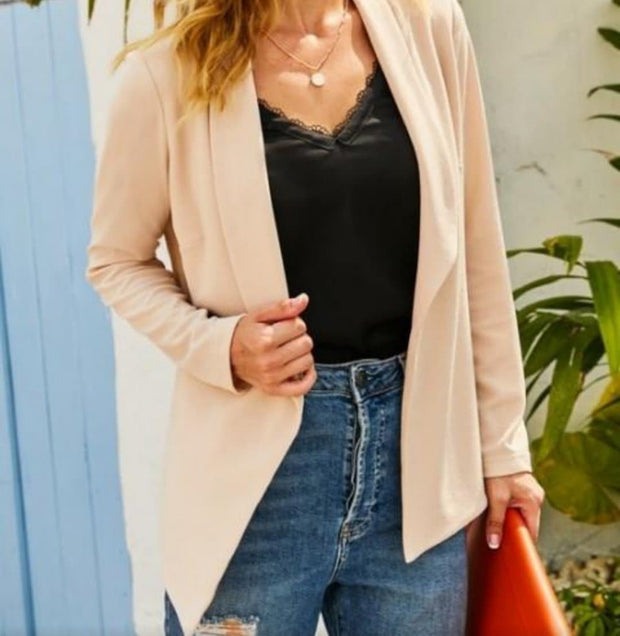 Long Sleeve Tailored with A Draped Blazer