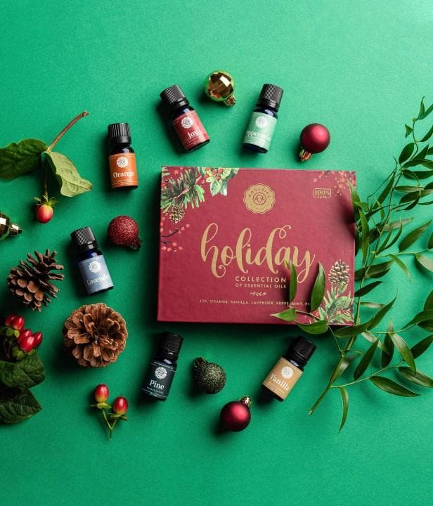 The Holiday Berry Collection