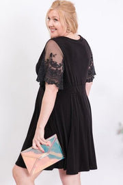 Boho Lace Sleeve Accent V-Neck Dress (1XL-3XL)