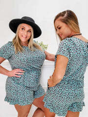 Short Sleeve Leopard Detailed Romper (S-3XL)