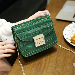 <Cleo Bag>クロコ型押し チェーンバッグ