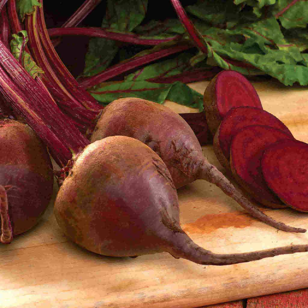 A ripe collection of McKenzie Seeds Beet Detroit Dark Red Organic Vegetables