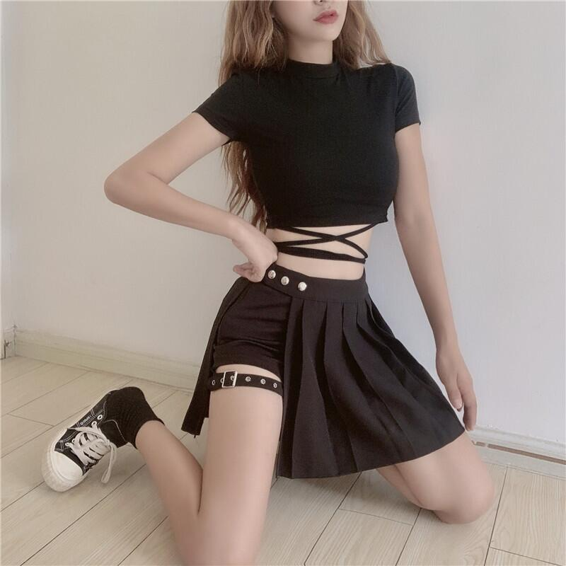 Gothic Shorts with Skirt