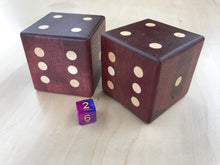 Load image into Gallery viewer, Purple Heart Dice