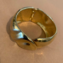 Load image into Gallery viewer, Vintage Bracelet - Gold