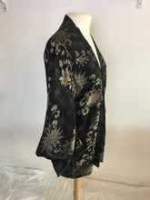 Load image into Gallery viewer, Vintage Kimono 1940s Omeshi Silk