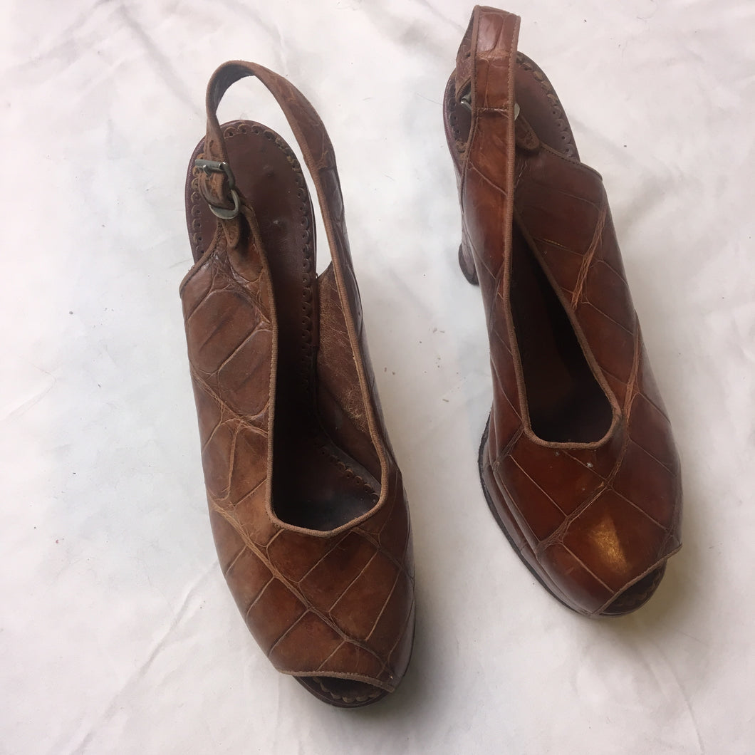 Vintage Heels Alligator - Brown