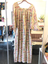 Load image into Gallery viewer, 70's Nightgown Floral